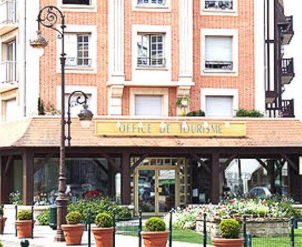 Office de tourisme deauville hotel de charme en normandie deauville auberge le cheval blanc - Deauville office de tourisme ...